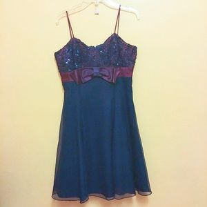 Navy blue petite prom dress